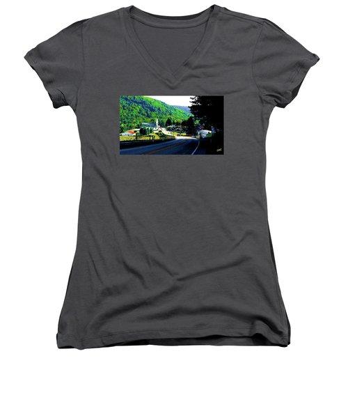 Pennsylvania Mountain Village Women's V-Neck T-Shirt