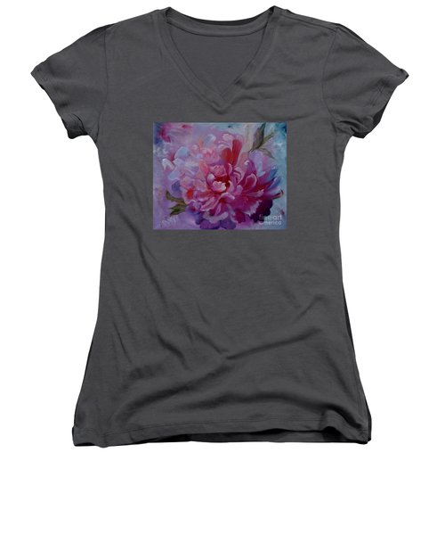 Peony Love Women's V-Neck (Athletic Fit)