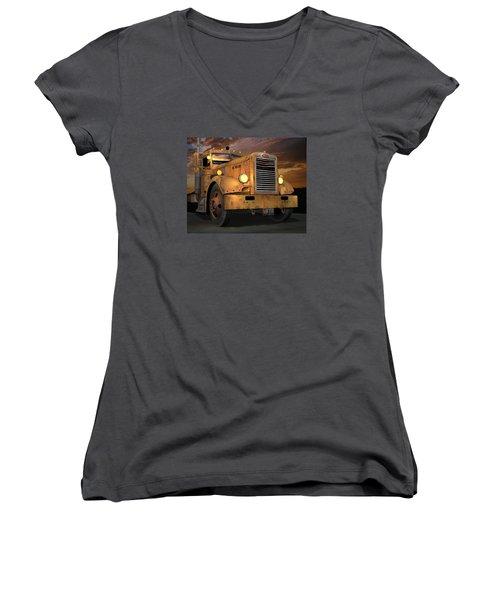Peterbilt Ol Yeller Women's V-Neck T-Shirt