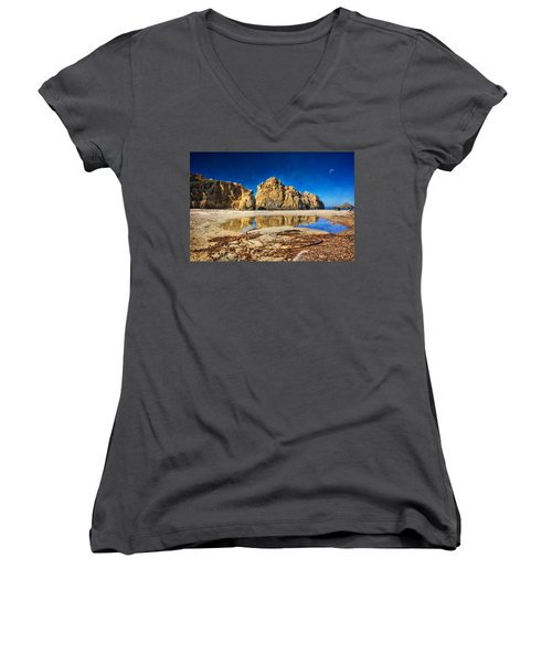 Women's V-Neck T-Shirt (Junior Cut) featuring the photograph Pheiffer Beach - Keyhole Rock #16 - Big Sur, Ca by Jennifer Rondinelli Reilly - Fine Art Photography