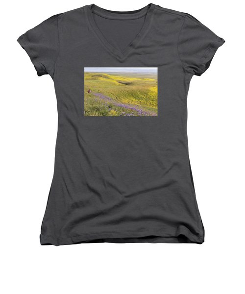 Women's V-Neck T-Shirt (Junior Cut) featuring the photograph Photographing Carrizo by Marc Crumpler