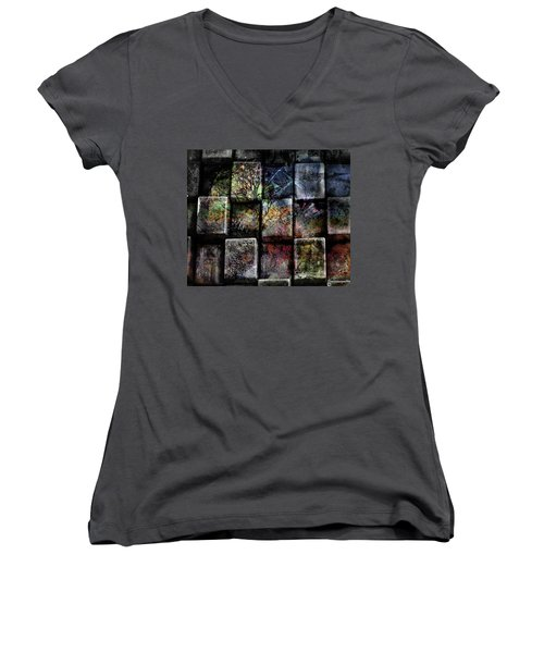 Pieces Women's V-Neck T-Shirt