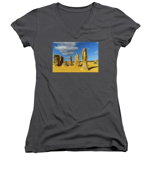 Pinnacles 6 Women's V-Neck