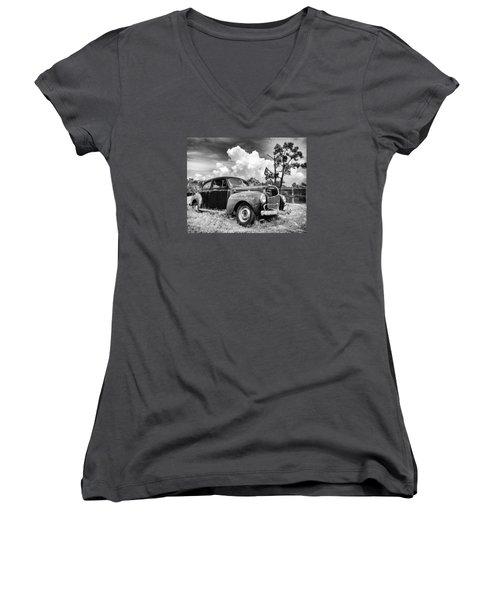Pirate Dodge Women's V-Neck T-Shirt (Junior Cut) by Alan Raasch