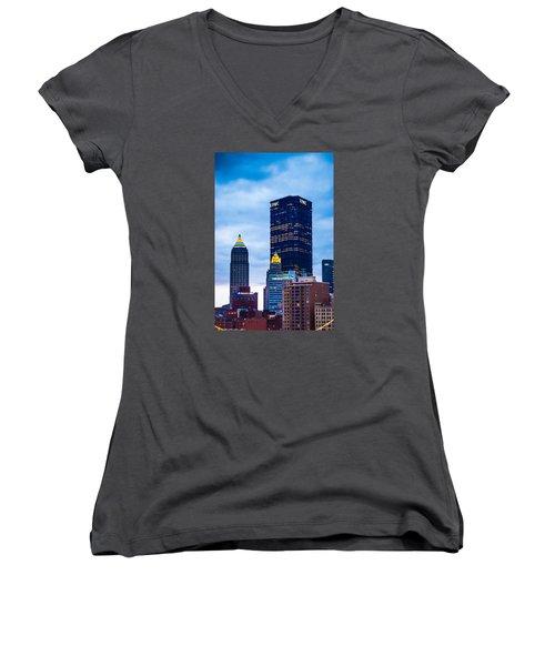Pittsburgh - 7012 Women's V-Neck T-Shirt (Junior Cut) by G L Sarti