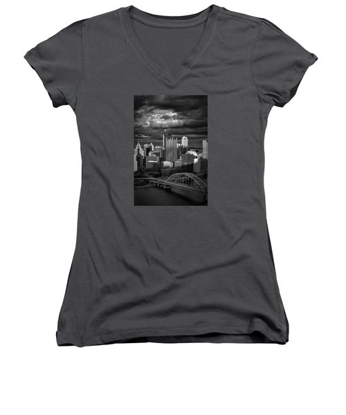 Pittsburgh Pennsylvania Skyline Women's V-Neck T-Shirt (Junior Cut) by David Haskett