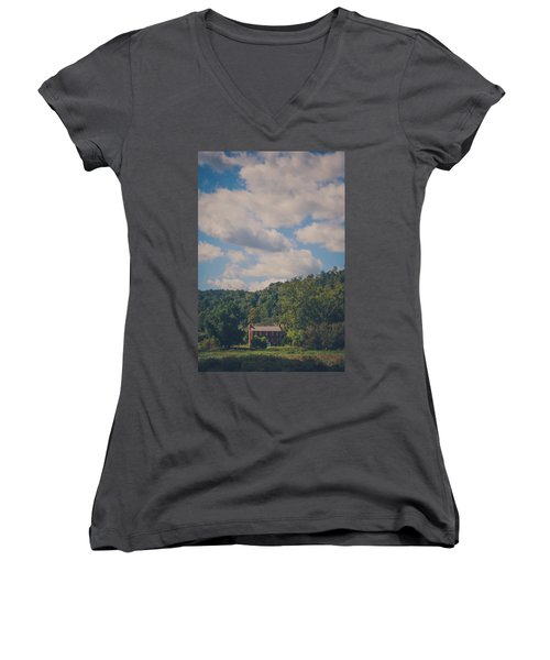 Women's V-Neck T-Shirt (Junior Cut) featuring the photograph Plantation House by Shane Holsclaw