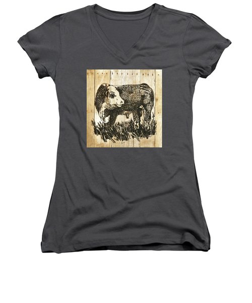 Polled Hereford Bull 11 Women's V-Neck T-Shirt (Junior Cut) by Larry Campbell