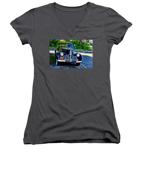 Women's V-Neck T-Shirt (Junior Cut) featuring the photograph Pontiac 1940 by Joan Bertucci