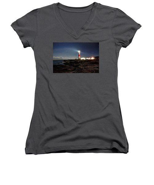 Portland Bill Lighthouse Uk Women's V-Neck T-Shirt