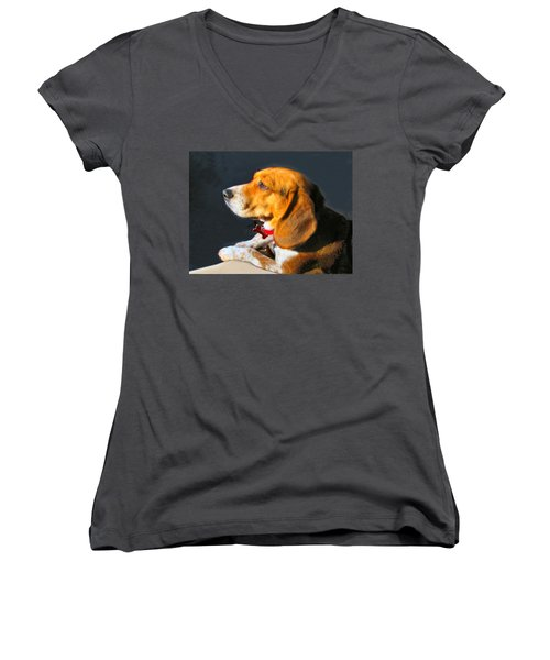 Portrait Of Pebbles - The Independent Beagle Women's V-Neck (Athletic Fit)