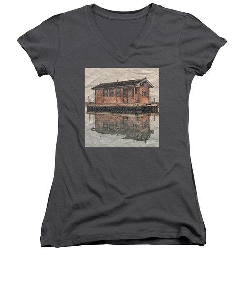 PR5 Women's V-Neck T-Shirt