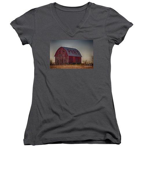Pray Women's V-Neck T-Shirt