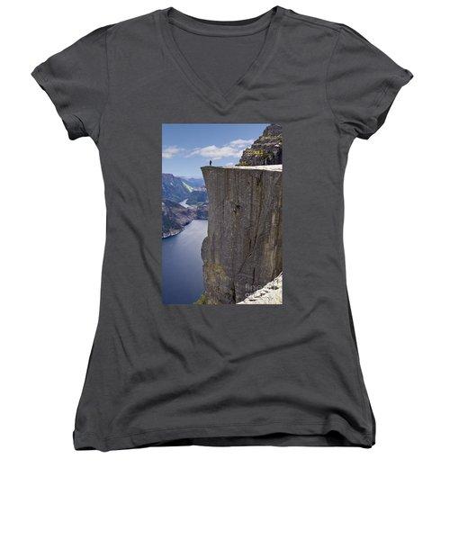Preikestolen Women's V-Neck T-Shirt
