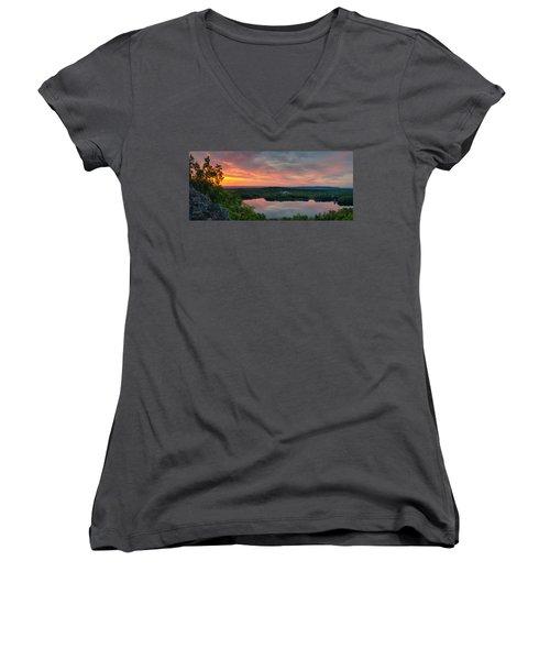 Ragged Mountain Sunrise Women's V-Neck T-Shirt (Junior Cut) by Craig Szymanski