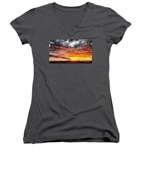 Raging Sunset Women's V-Neck T-Shirt (Junior Cut)