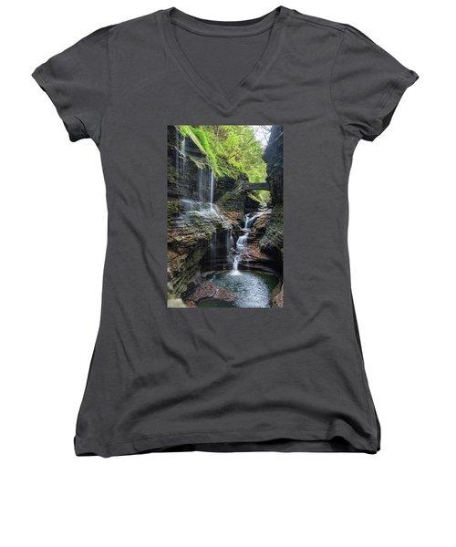 Rainbow Falls, Ny Women's V-Neck T-Shirt