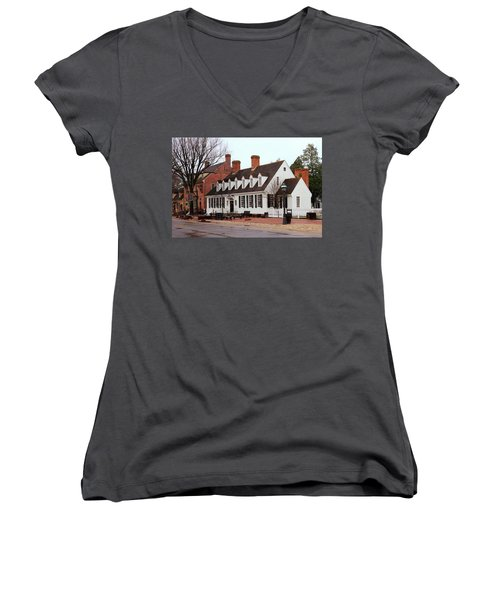 Raleigh Tavern 2 Women's V-Neck T-Shirt