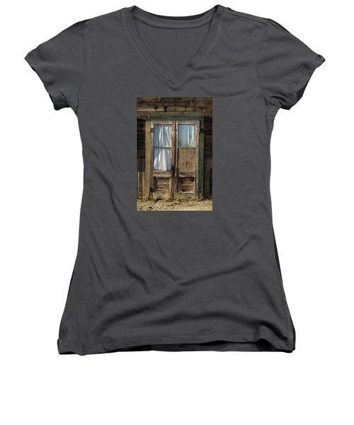Randsburg Door No. 1 Women's V-Neck (Athletic Fit)