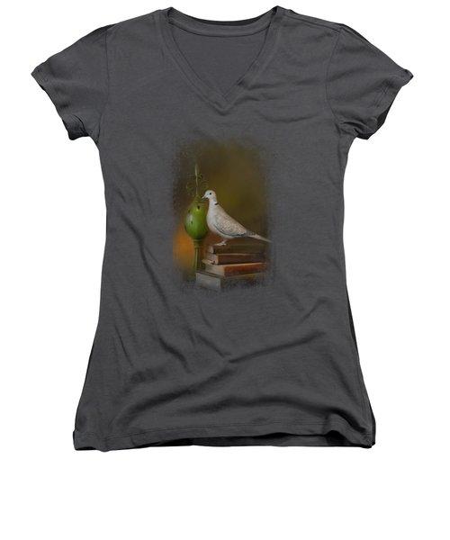 Read Me A Story Women's V-Neck T-Shirt