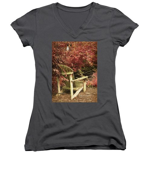 Reading Nook Women's V-Neck T-Shirt