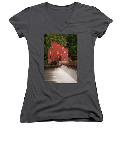 Red Mill Clinton New Jersey Women's V-Neck