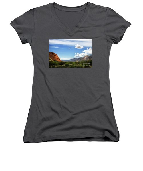 Red Rock Canyon Vintage Style Sweeping Vista Women's V-Neck