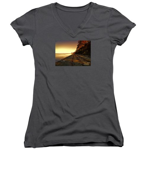 Relaxing In Surry Virginia Women's V-Neck T-Shirt (Junior Cut) by Melissa Messick