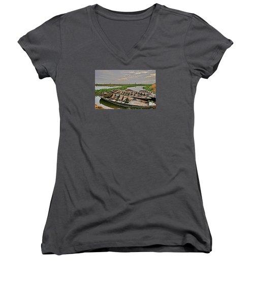 Rest Of Boat Women's V-Neck T-Shirt