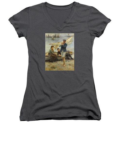 Return From Fishing Women's V-Neck T-Shirt