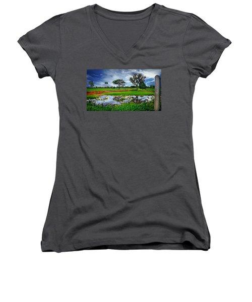 Rice Paddy View Women's V-Neck T-Shirt (Junior Cut) by Ian Gledhill