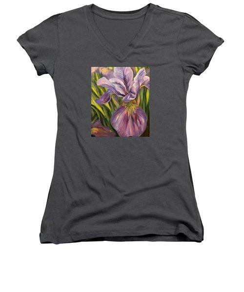 Ripe Iris Women's V-Neck T-Shirt