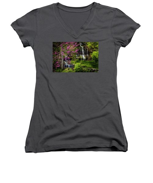 Rivercut Waterfall Women's V-Neck