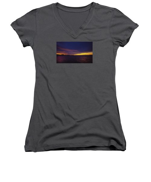 Women's V-Neck T-Shirt (Junior Cut) featuring the photograph Roatan Sunset by Stephen Anderson