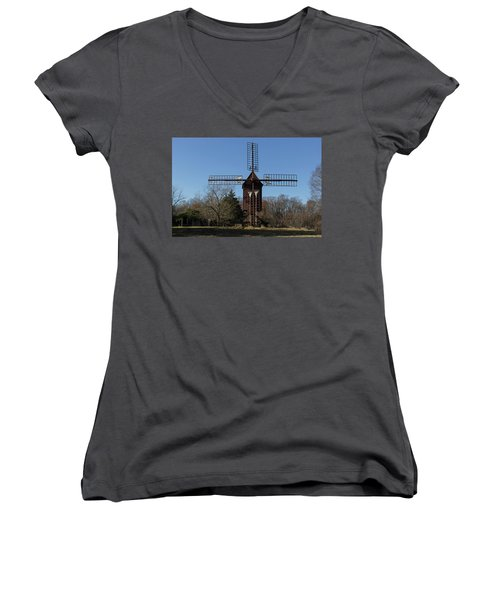 Robertsons Windmill Women's V-Neck