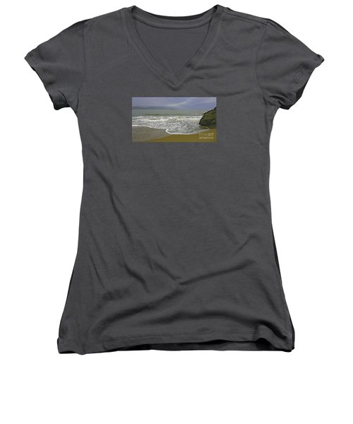 Rock And Sand Women's V-Neck