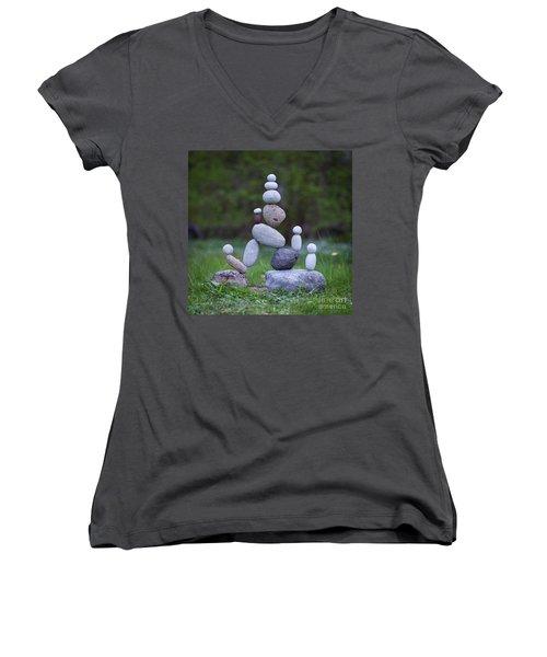 Rock Yoga Women's V-Neck