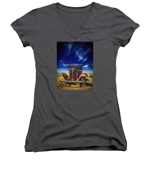 Route 66 Derelict  ... Women's V-Neck T-Shirt (Junior Cut)