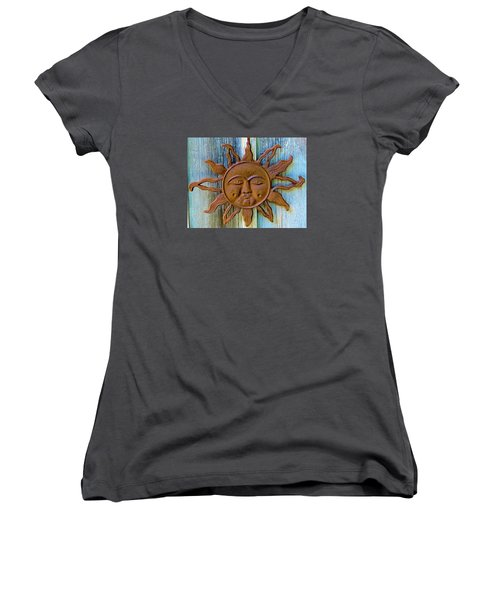 Rustic Sunface Women's V-Neck T-Shirt