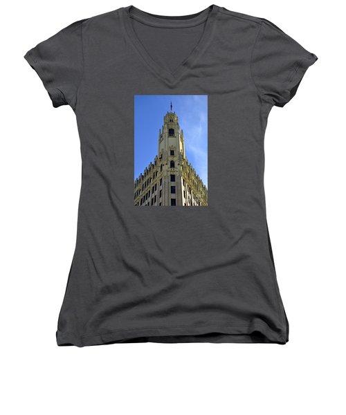 San Antonio Building 3 Women's V-Neck T-Shirt