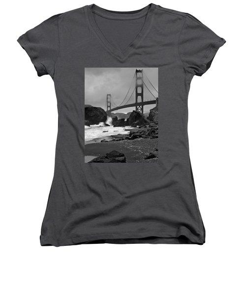 San Francisco Summer Women's V-Neck T-Shirt (Junior Cut)