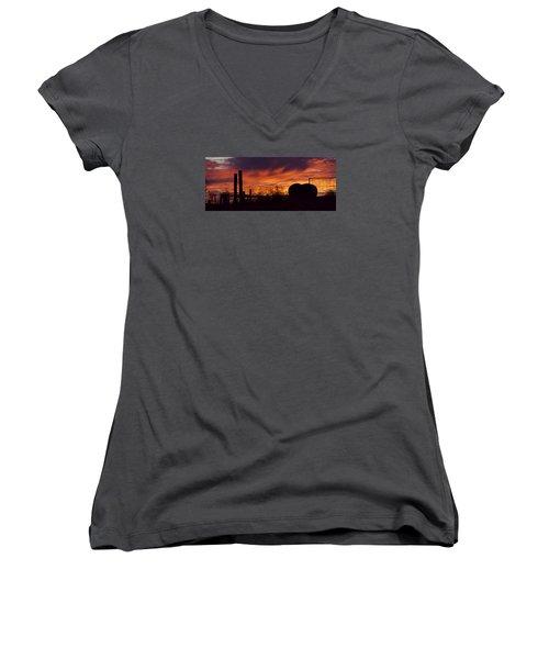 Saskatchewan Women's V-Neck T-Shirt (Junior Cut) by Ellery Russell