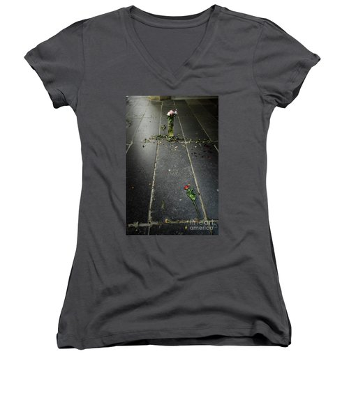 Women's V-Neck T-Shirt (Junior Cut) featuring the photograph Saskia Rembrandt's Tomb by RicardMN Photography