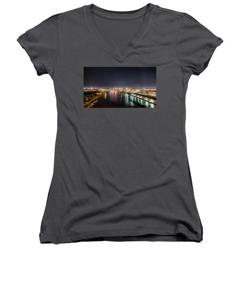 Savannah Georgia Skyline Women's V-Neck T-Shirt