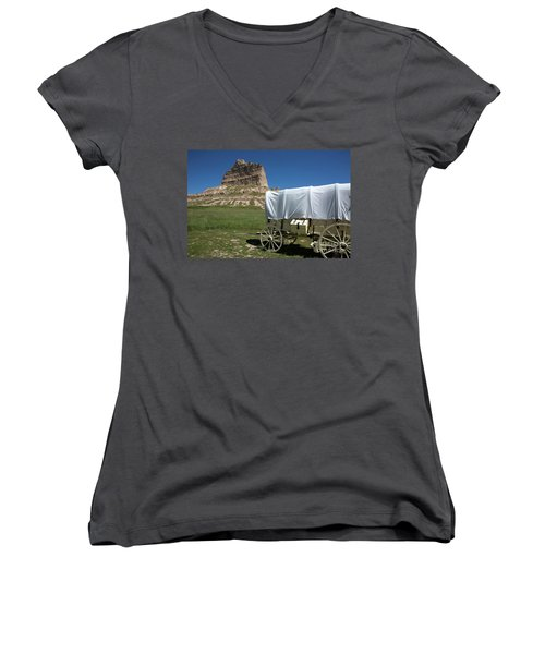 Scotts Bluff National Monument Nebraska Women's V-Neck T-Shirt