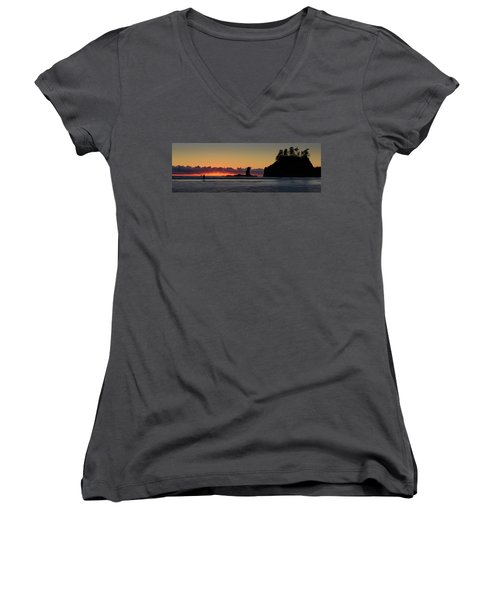 Second Beach Silhouettes Women's V-Neck (Athletic Fit)