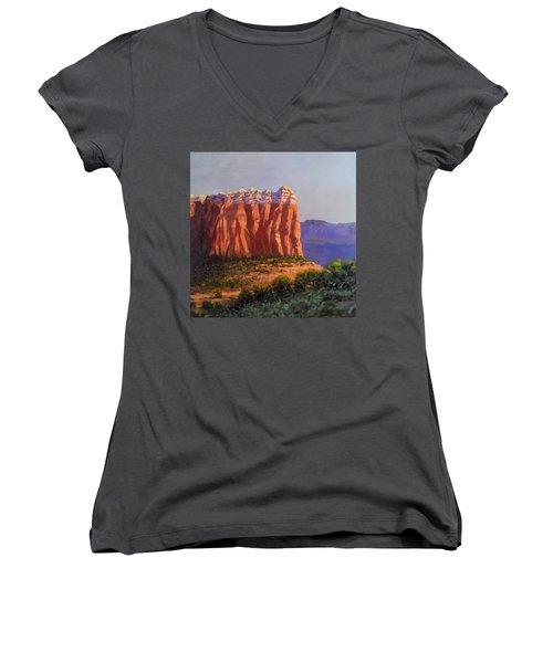 Sedona Red Rocks Women's V-Neck T-Shirt