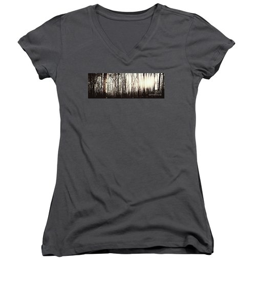 Series Silent Woods 3 Women's V-Neck (Athletic Fit)