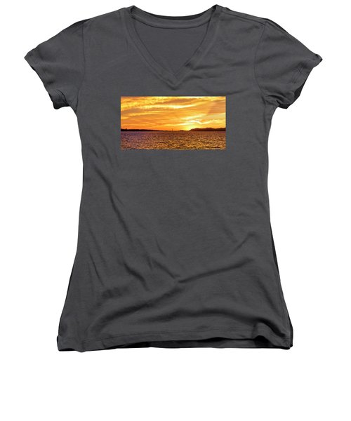 Sf Bay Area Sunset Women's V-Neck T-Shirt