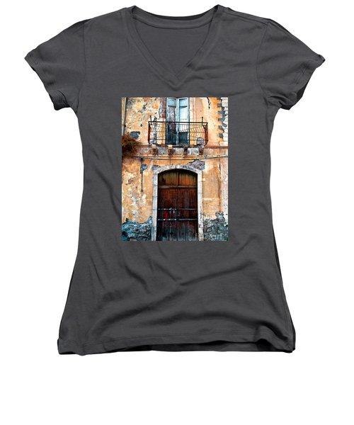 Sicilian Facade Women's V-Neck